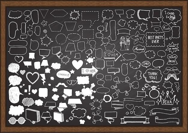 Elementy rysowane ręcznie na tablicy