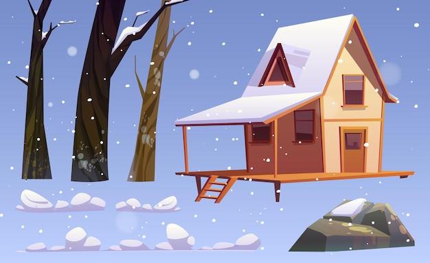 Elementy zimowego krajobrazu, dom z drewna, nagie drzewa, kamienie i zaspy śnieżne