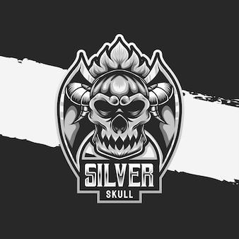 Esport logo srebrna ikona postaci czaszki