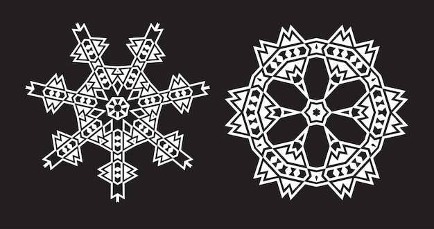 Etniczna fraktalna mandala wygląda jak płatek śniegu lub wzór aztecki maya lub kwiatek