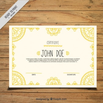 Etniczne żółty certyfikat