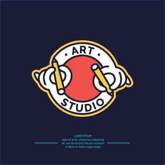 Etykieta studia artystycznego na niebiesko