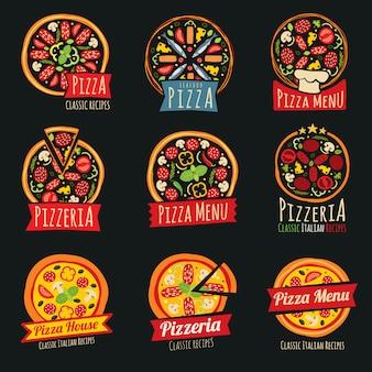 Etykiety koloru pizzy na białym tle. odznaki i emblematy włoskiej restauracji
