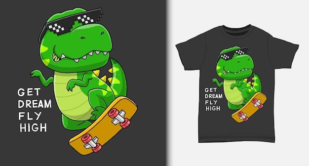 Fajny dinozaur grający na deskorolce z koszulką