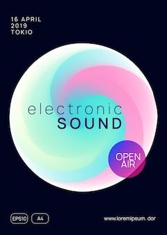 Festiwal muzyczny. płynny holograficzny kształt i linia gradientu. dźwięk elektroniczny. nocne wakacje w stylu życia. układ prezentacji abstrakcyjnego klubu indie. letni plakat i ulotka festiwalu muzycznego.