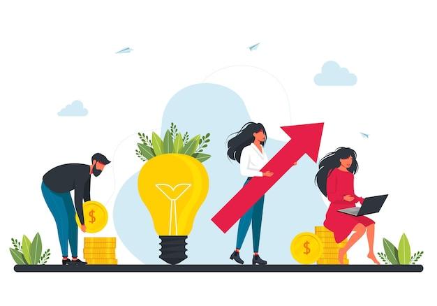 Finansowanie społecznościowe, inwestowanie w pomysł lub zakładanie biznesu. mali biznesmeni z dużą czerwoną strzałką stoją obok dużej żarówki i monet. inwestycja marketingowa. biznesplan, zarządzanie finansami. praca zespołowa.