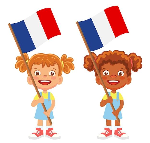 Flaga francji w ręku. dzieci trzymając flagę. flaga narodowa francji wektor