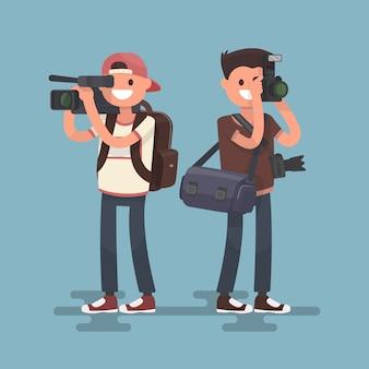 Fotograf i kamerzysta. usługi wideo i fotografowania.