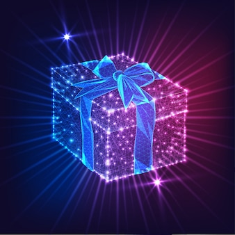 Futurystyczne świecące low poly pudełko z kokardą wstążki na ciemnym tle niebieskim i fioletowym.