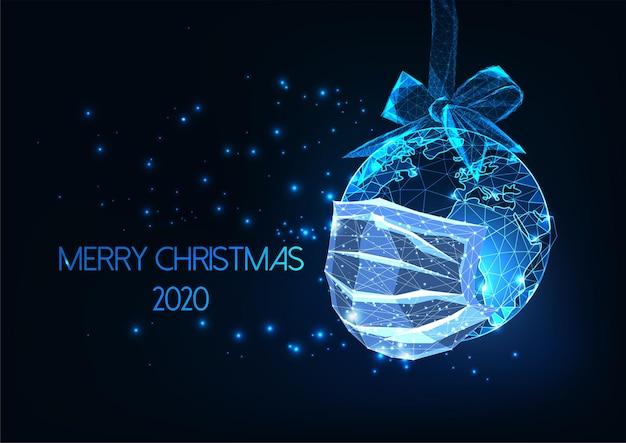 Futurystyczny szablon cyfrowy baneru internetowego pandemic christmas 2020 ze świecącą niską wielokątną kulą ziemską z maską medyczną na ciemnoniebieskim tle. nowoczesna rama z drutu.