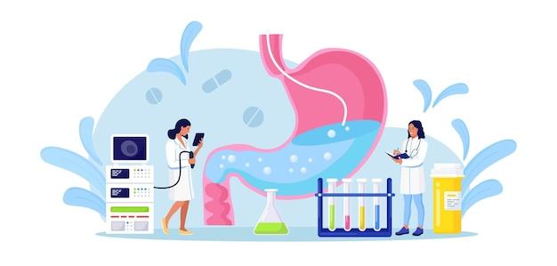 Gastroenterologia. malutki lekarze diagnozują chorobę żołądka za pomocą endoskopii. ludzki żołądek z endoskopem wewnątrz. badanie układu jezdnego