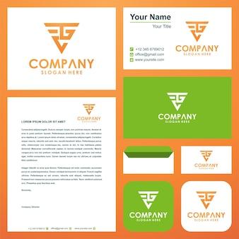 Geometryczne trójkątne logo ctg