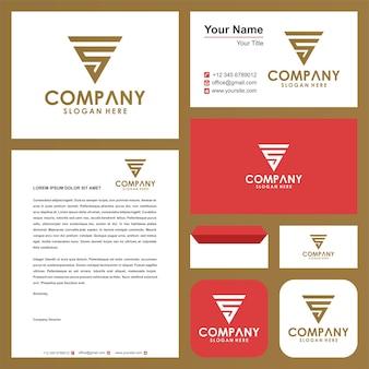 Geometryczne trójkątne logo s