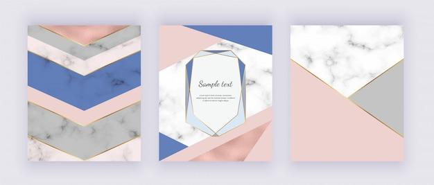 Geometryczny marmur, tekstura folii w kolorze różowego złota z różowymi i niebieskimi trójkątnymi kształtami.