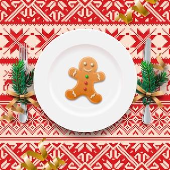 Gingerbread cookie man na talerzu