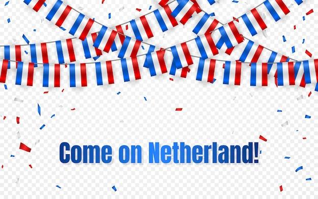 Girlanda z flagami holandii na przezroczystym tle z konfetti. powiesić trznadel na baner szablonu obchodów dnia niepodległości,