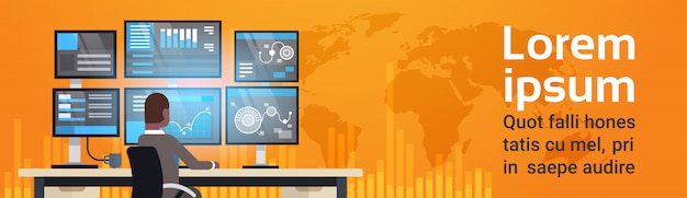 Global online trading concept człowiek pracujący z giełdą monitorowanie sprzedaży ponad światową mapą horizo