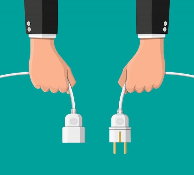 Gniazdko elektryczne i wtyczka odłączone.