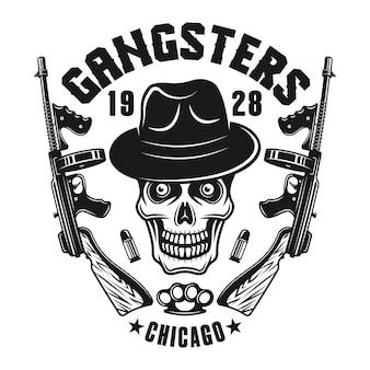 Godło mafii z czaszką gangstera w kapeluszu i pistoletach