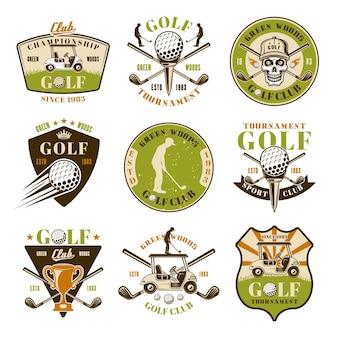 Golfowy zestaw dziewięciu kolorowych emblematów wektorowych, odznak, etykiet lub logo w stylu vintage na białym tle
