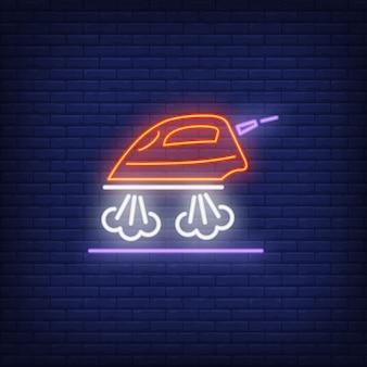 Gotowanie na parze znak neon żelaza