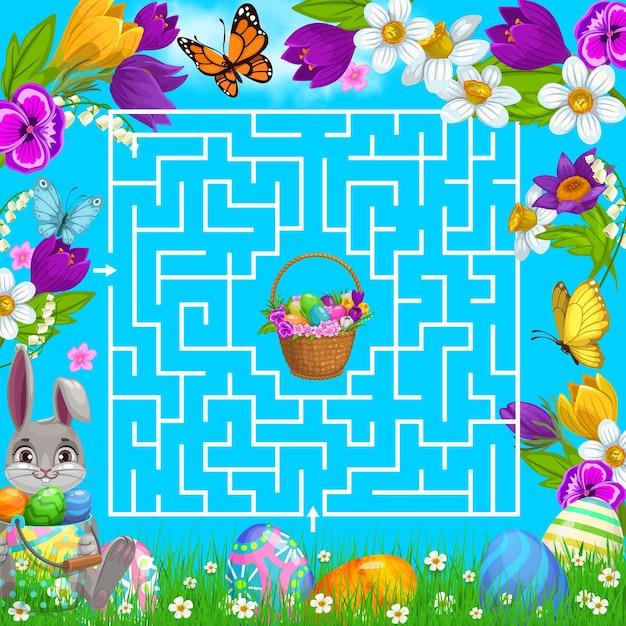 Gra labirynt dla dzieci pomaga zająkowi wielkanocnemu wybrać właściwy sposób na zdobycie koszyka z jajkami w kwadratowym środku labiryntu
