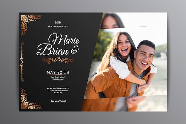 Gradientowy złoty luksusowy szablon zaproszenia ślubnego ze zdjęciem