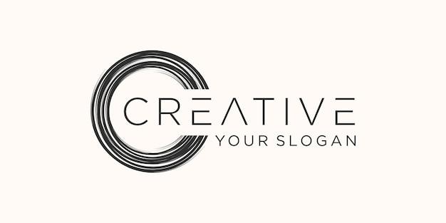 Graffiti farba doodle skoku. kształt sztuki tła. logo bańki, zarysowania tuszem, kulka z węgla drzewnego.