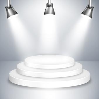 Grafika platformy na białej scenie oświetlona trzema błyszczącymi reflektorami z góry