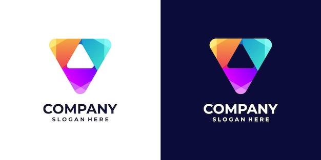 Graj gradientem logo z koncepcjami trójkątów