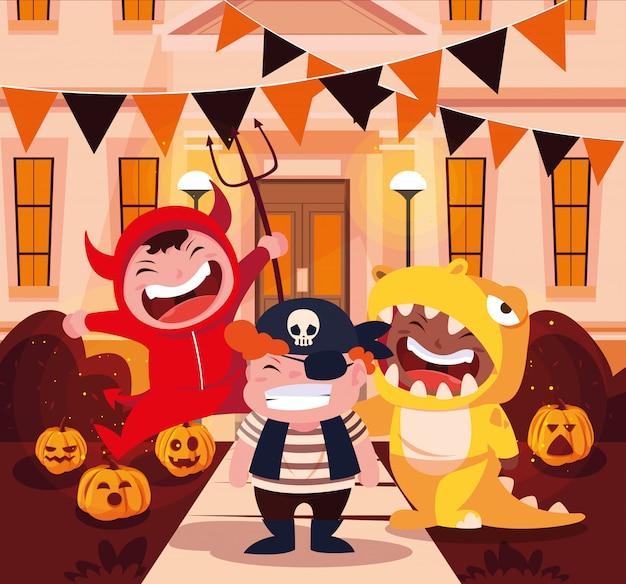 Grupa dzieci przebranych na halloween