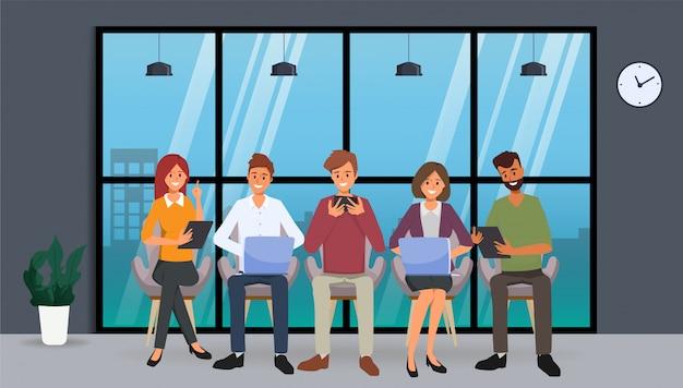 Grupa ludzi biznesu czat komunikacja media społecznościowe z gadżetami.