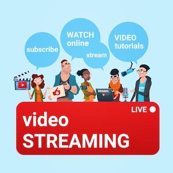 Grupa ludzi wideo blogger online stream blogowanie subskrybuj koncepcję