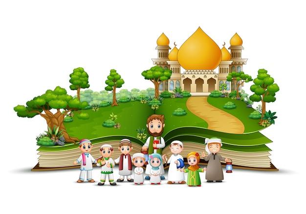 Grupa muzułmańskich ludzi z przodu islamskiego meczetu