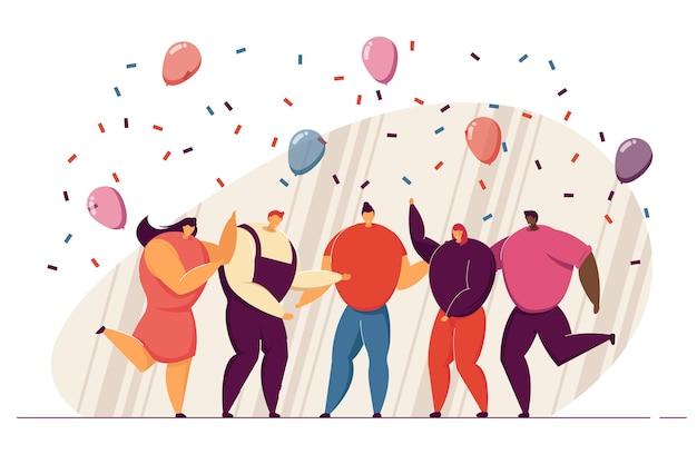 Grupa przyjaciół świętuje urodziny lub sukces zespołu. szczęśliwi ludzie tańczą na imprezie z konfetti i balonów, razem dobrze się bawią. do pracy zespołowej, uroczystości, koncepcji strony biurowej