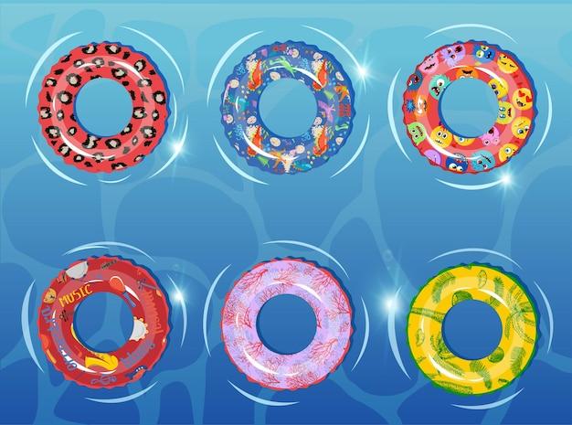 Gumowe Pierścienie Ustawione Na Tle Zbiornika Wodnego Pływający Pierścień Kolorowe Gumowe Zabawki Realistyczne Ikony Premium Wektorów