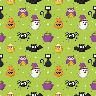 Halloweenowy bezszwowy wzór z zabawnym upiornym na zielonym tle