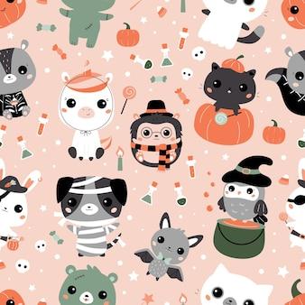 Halloweenowy wzór z uroczymi zwierzętami kawaii w różnych strojach