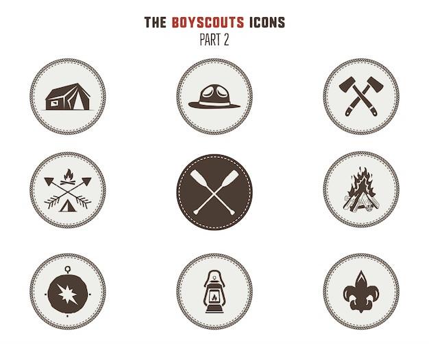 Harcerze ikony, łaty. naklejki campingowe. namiot, topór, ognisko, kompas i inne. ilustracja wektorowa pień na białym tle