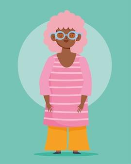Idealnie niedoskonała, rysunkowa kobieta w okularach i kręconych włosach