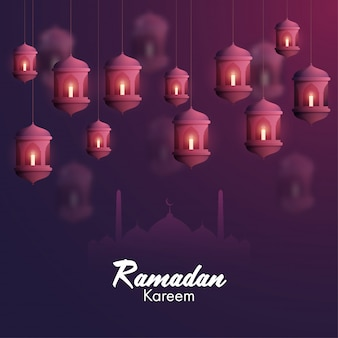 Iituje świece w arabskich lampionach i sylwetkę meczetu na fioletowym tle dla islamskiego świętego miesiąca modlitw, okazji ramadan kareem.