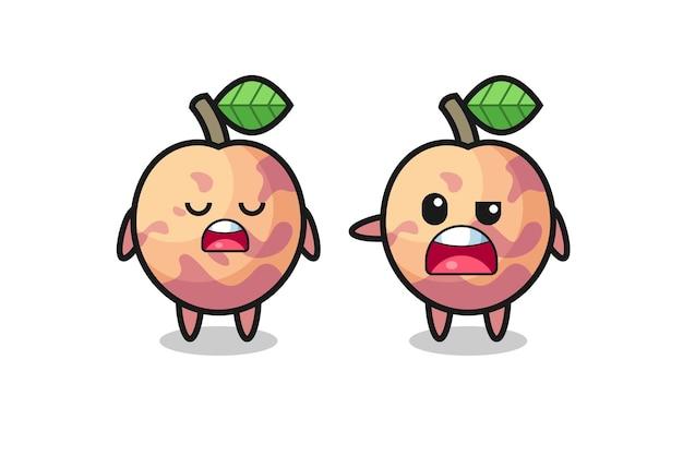 Ilustracja kłótni między dwoma uroczymi postaciami z owoców pluot, uroczym stylem na koszulkę, naklejkę, element logo
