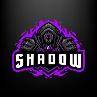 Ilustracja maskotka rycerza cienia dla sportu i e-sportu logo na białym tle na ciemnym szarym tle