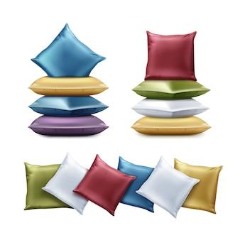 Ilustracja złożone poduszki kolorowe. kwadratowa poduszka w kolorach czerwonym, niebieskim, zielonym, fioletowym, żółtym na białym tle.