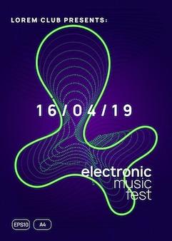 Impreza z dj-em. układ cyfrowego magazynu koncertowego. dynamiczny kształt i linia gradientu. neonowa ulotka z imprezą dj.