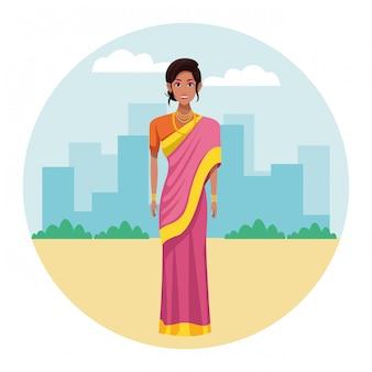 Indyjskie kobiety noszenia tradycyjnych ubrań hinduskich