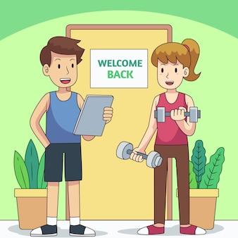 Instruktor wita z powrotem na zajęciach