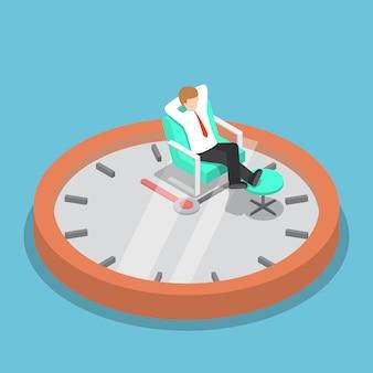 Izometryczne biznesmen relaksujący na kanapie z zegarem