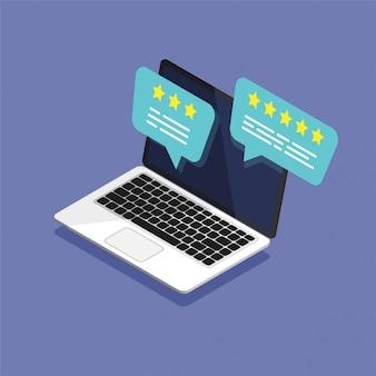 Izometryczny otwarty laptop z oceną recenzji na ekranie. przejrzyj przemówienia z bąbelkami ocen na ekranie komputera. koncepcja przemówień bańki. ilustracji wektorowych.