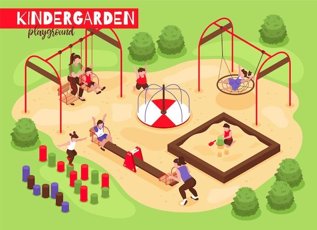 Izometryczny skład przedszkolny na plac zabaw z widokiem na zewnątrz bawiących się niemowląt i dzieci z ilustracjami drzew i krzewów